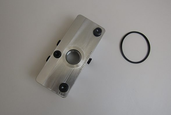 Front Oil Feed Block