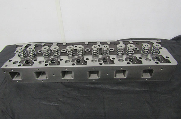 Recast Cylinder Head, Stock Height, Large Valve DT466 Head